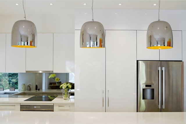 Contemporary Kitchen Lighting with Pendant Lights