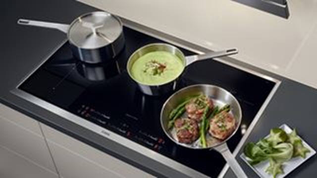 Hobs Buyers Guide Electric Hobs AEG Image