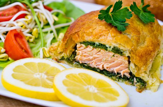 Salmon En Croute image