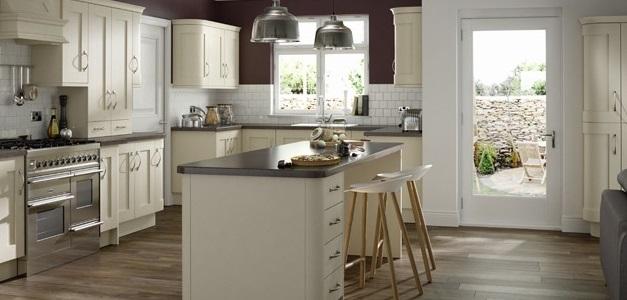 buckingham painted ivory kitchen