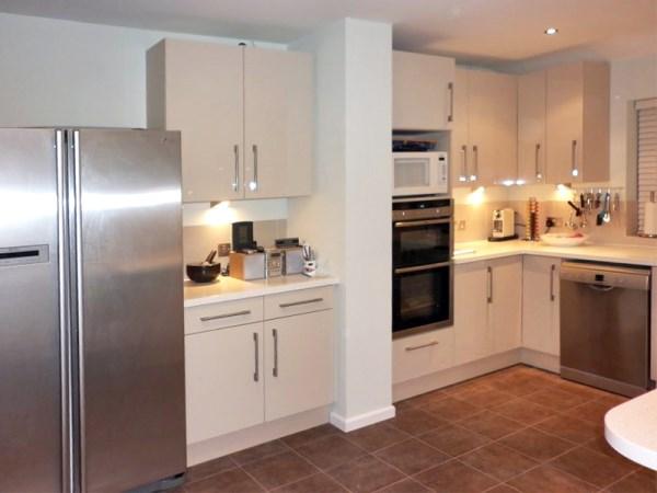 fresco beige kitchen 2