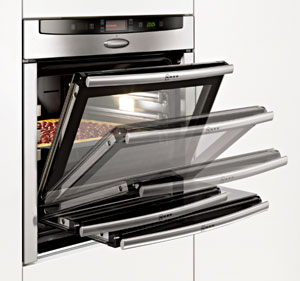 The benefits of a Neff Hide & Slide oven