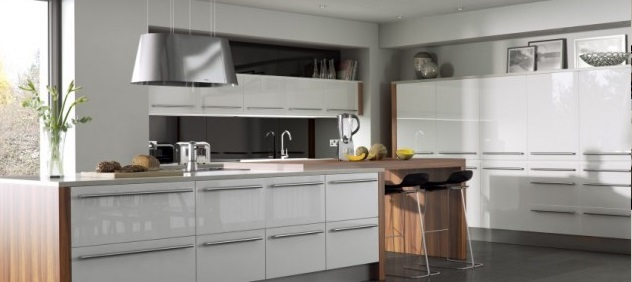 White and neutral kitchens