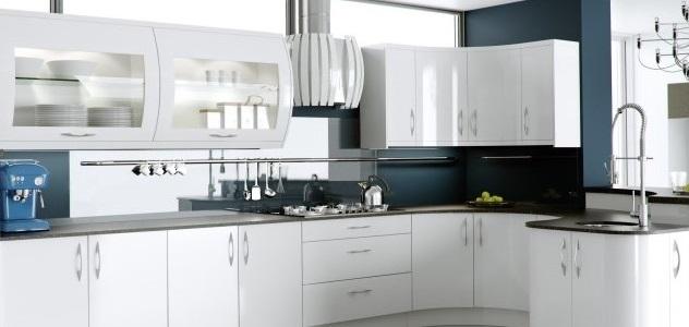 ultra white gloss kitchen